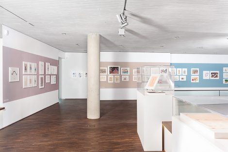Paperworlds, Installationsansicht © me Collectors Room Berlin  Stiftung Olbricht, Photo Soeren Jonssen